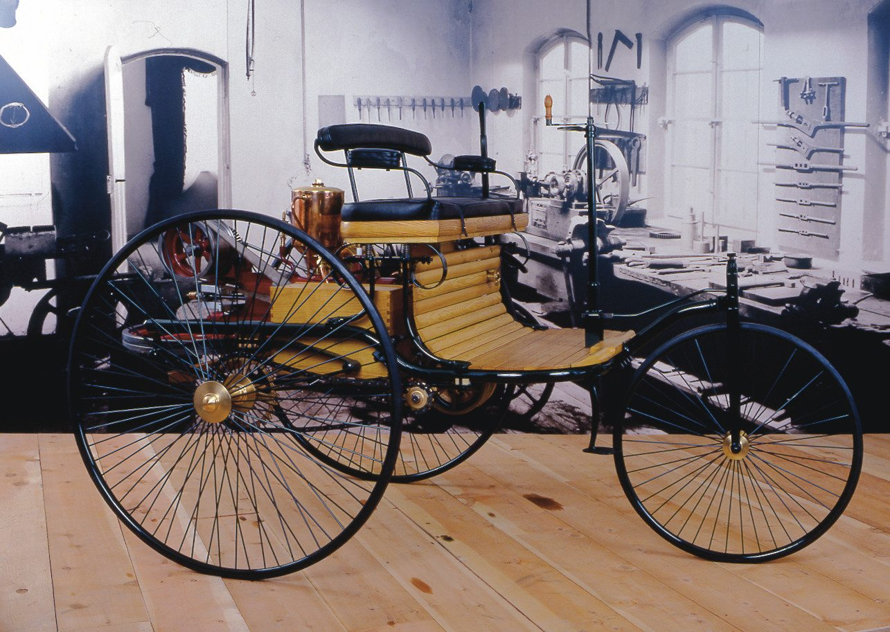 1886 Benz Patent Motorwagen 1986 reproduction