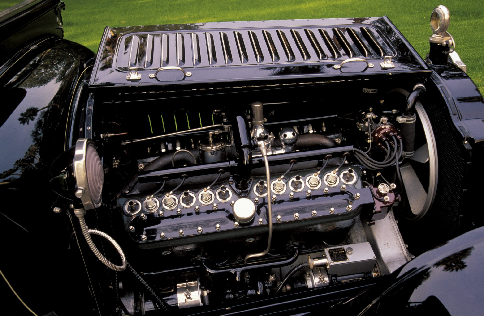 1916 Packard Twin-Six Town Car V12 Engine