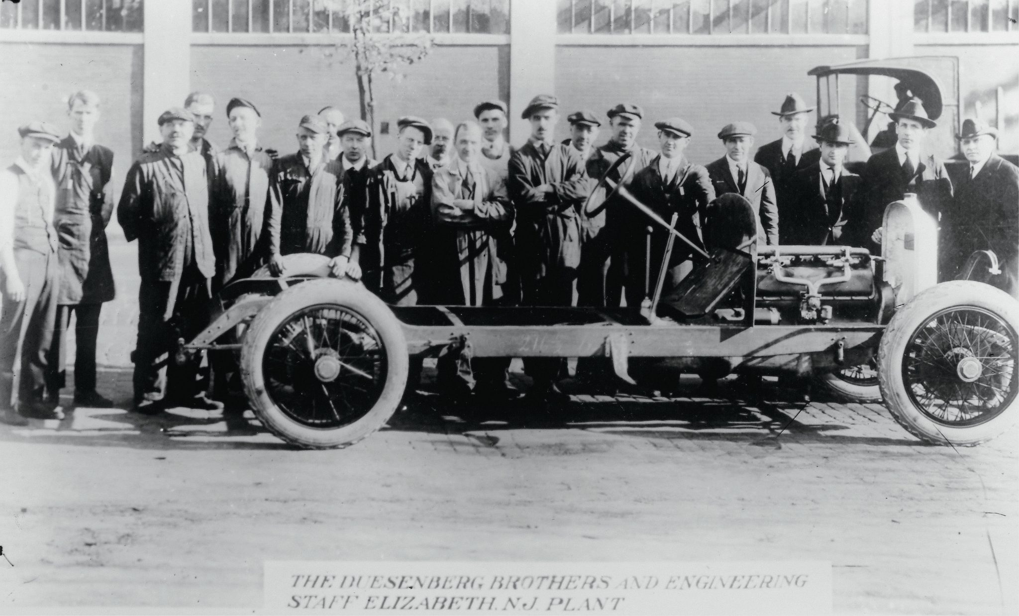 1919 Duesenberg early chassis and entire crew