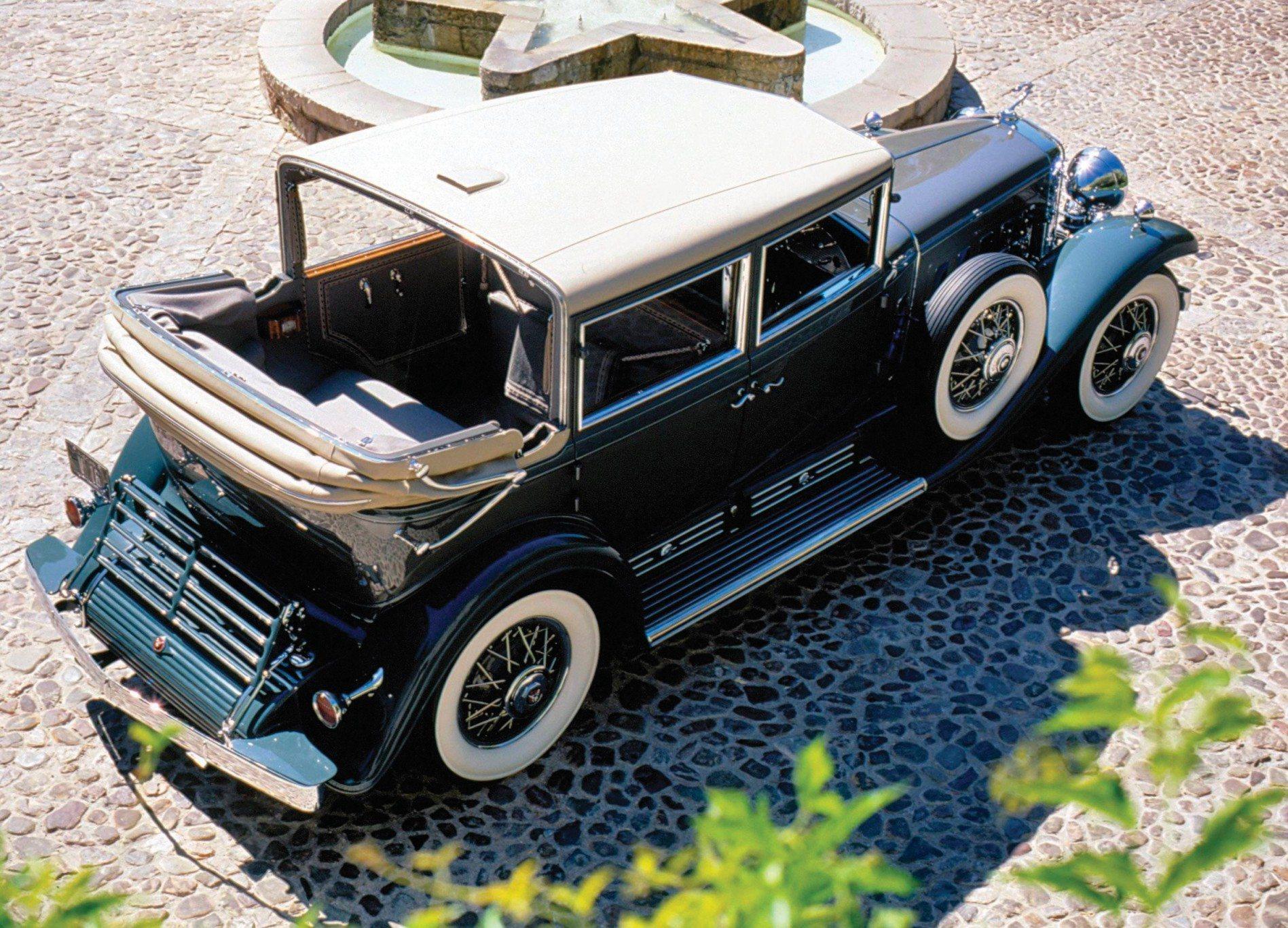 1930 V16 Madam X Imperial Landau Sedan Rear Top Down