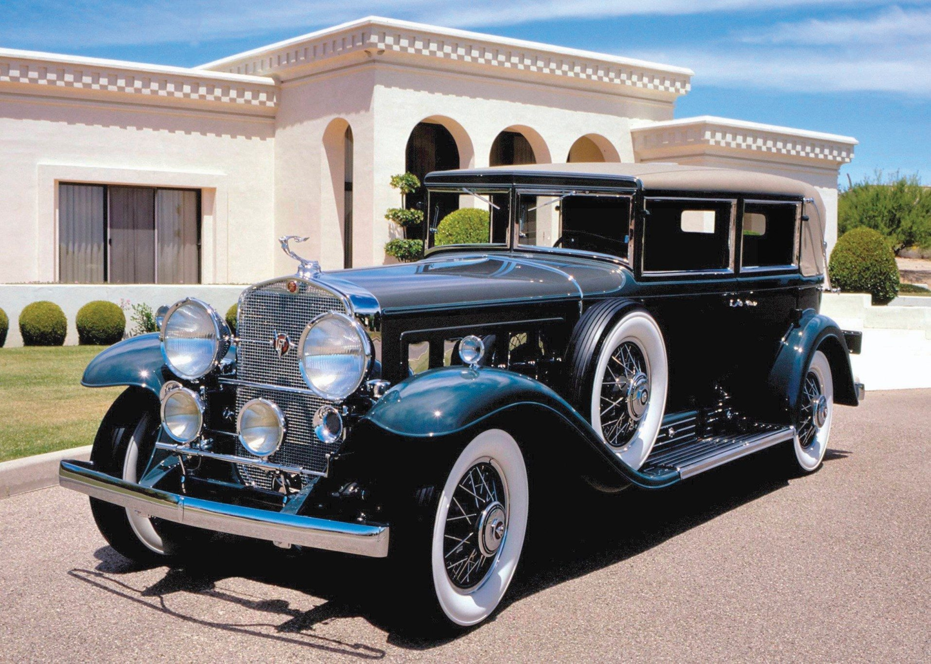 1930 V16 Madam X Imperial Landau Sedan