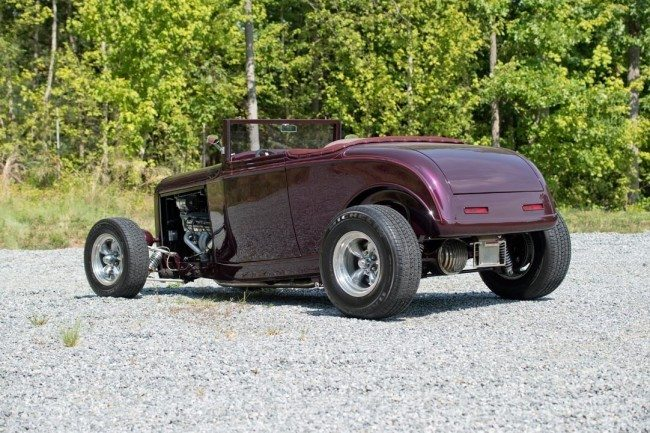 1932 Ford Custom Hi-Boy Roadster 2 rear