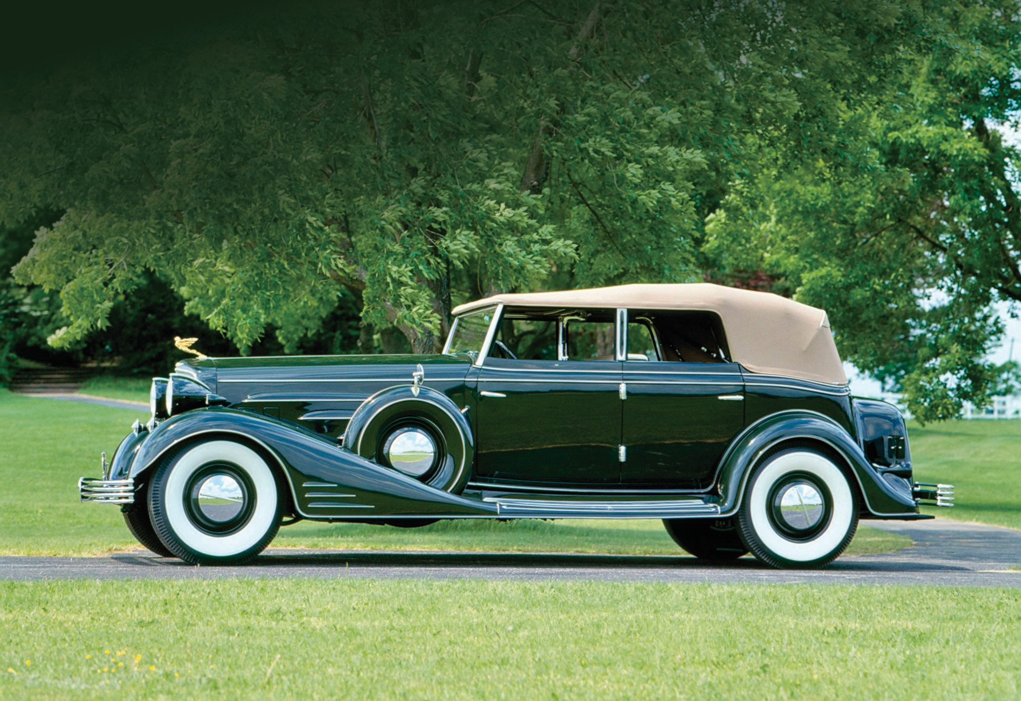 1933 Cadillac Convertible Sedan by Fleetwood