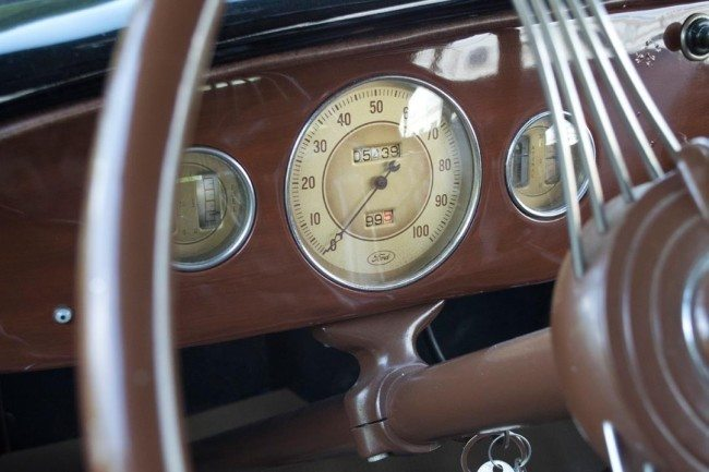 1936 Ford Phaeton 5 dash