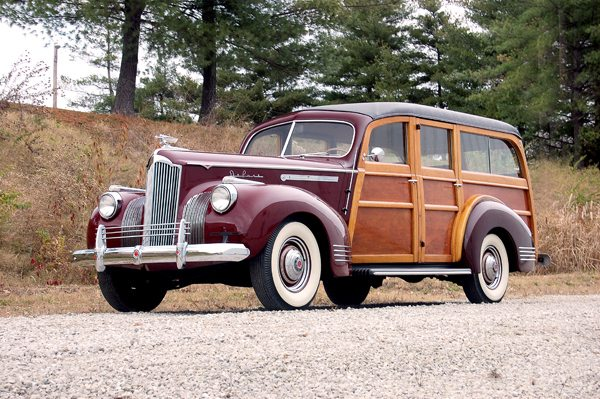 1941 Packard woody 1 ext