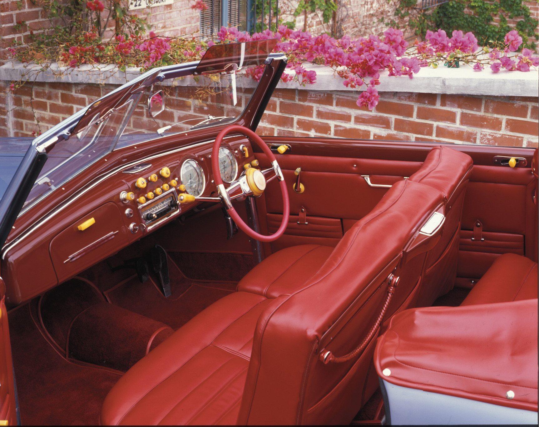1947 Alfa Romeo 6C 2500 Dash and Interior