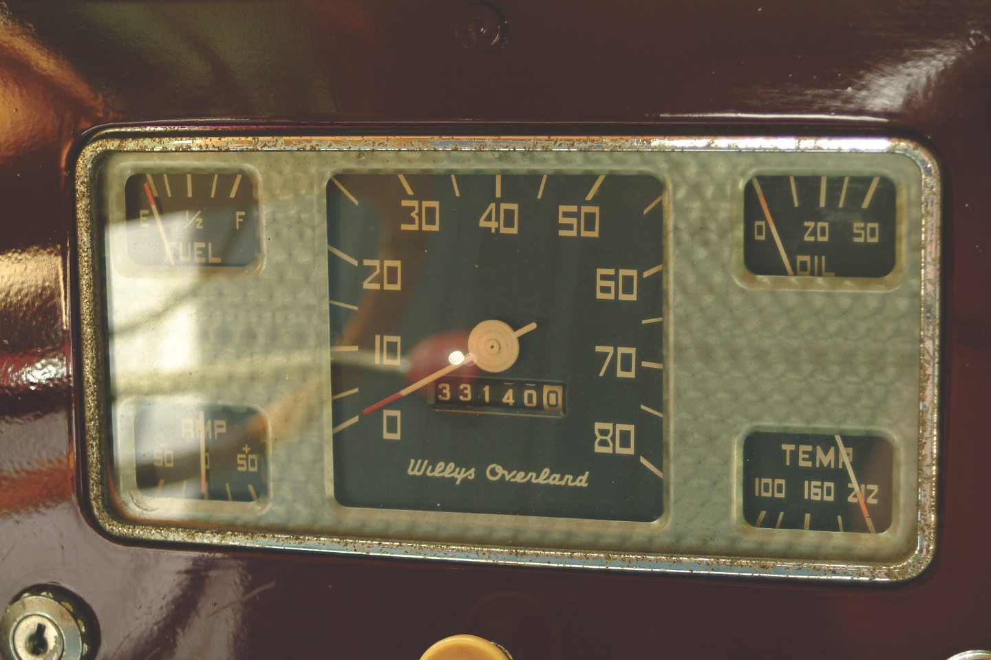 1949 Willys-Overland Jeepster Gauges