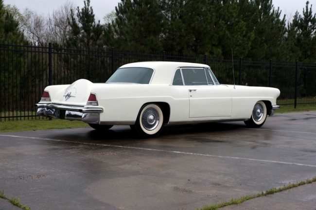 1956-lincoln-continental-mark-ii-pic-3-rear