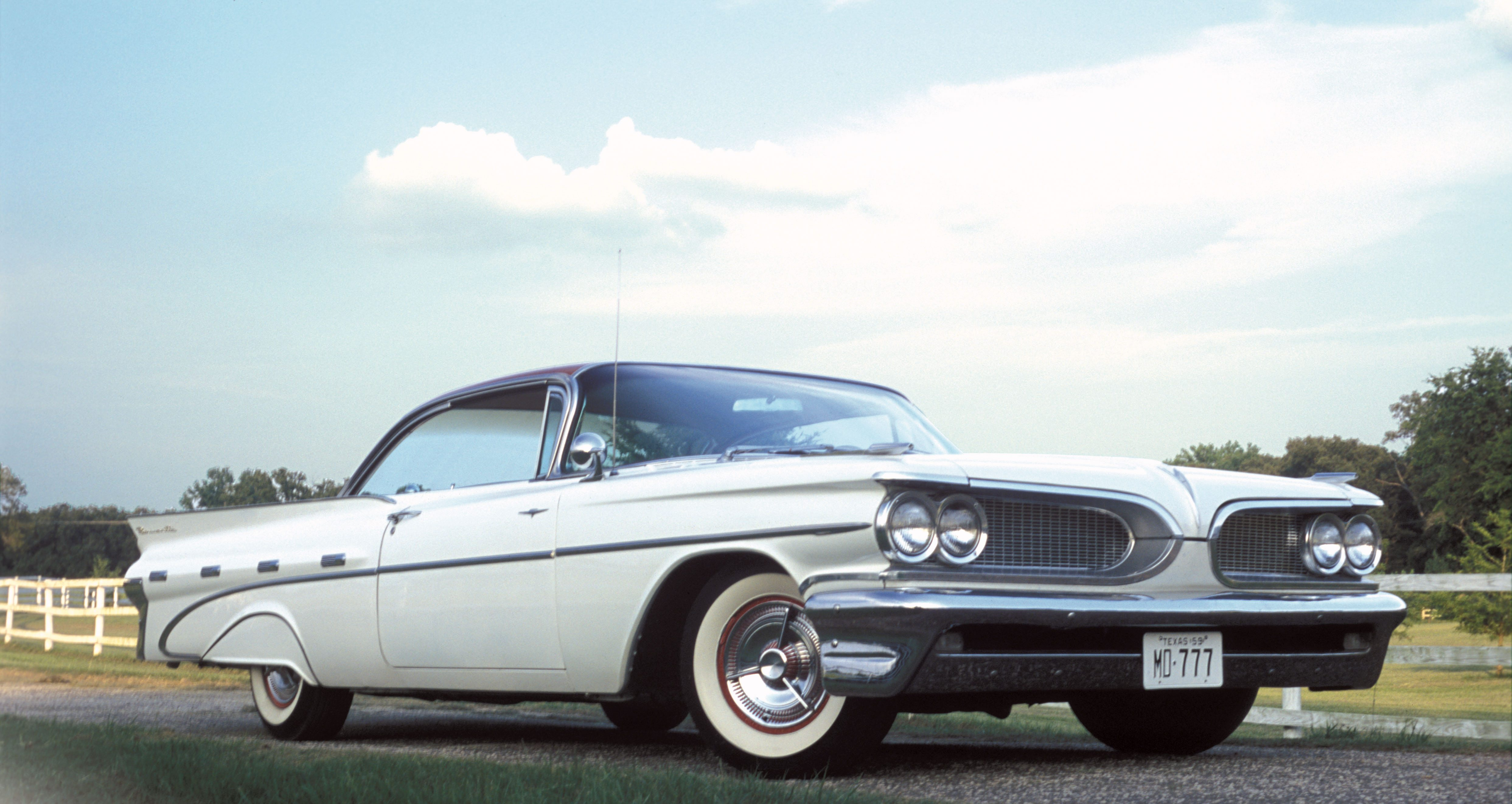 In 1958 pontiac dominated the daytona speedweeks trials but many car buyers were not impressed the styling of the 58 models were somewhat less