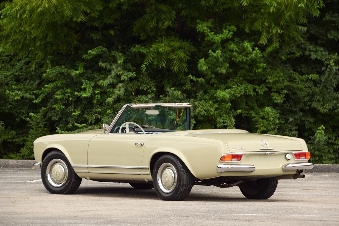 1966 mercedes benz 230sl convertible heacock classic for Mercedes benz 230sl