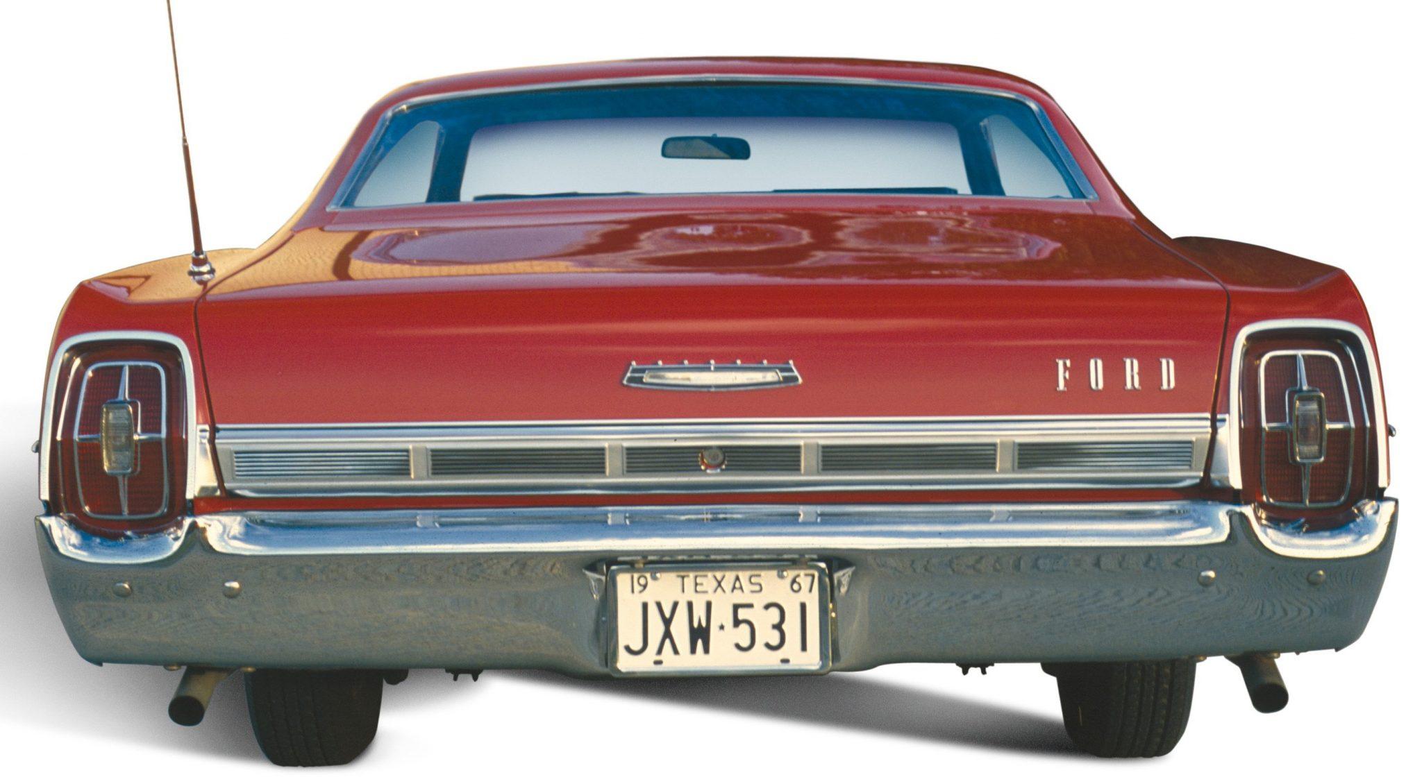 1967 Ford Galaxie 500 backend