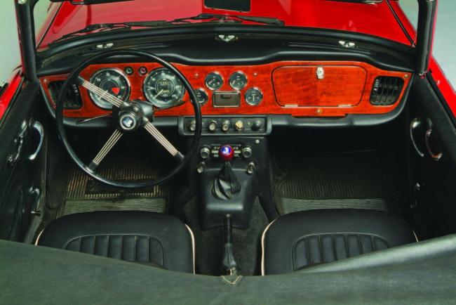 1968 Triumph TR4A Roadster Interior