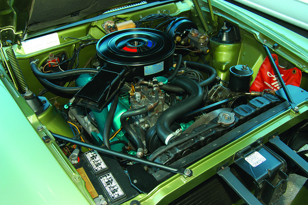 1970 AMC AMX 360 cu in Engine