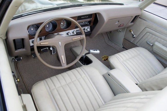 1970 GTO Judge 3 interior