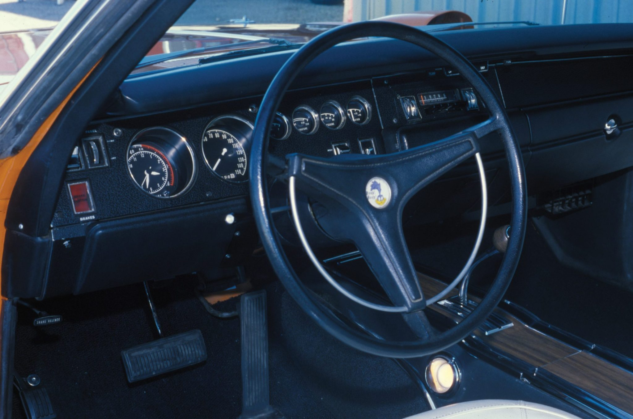 1970-plymouth-superbird-interior-and-steering-wheel