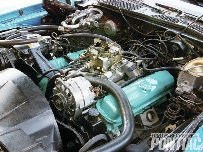 1972-pontiac-trans-am-engine