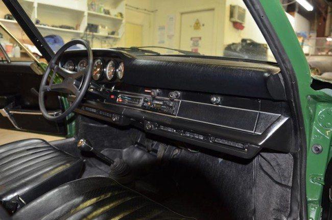 1973 Porsche 911S Coupe 3 photo interior