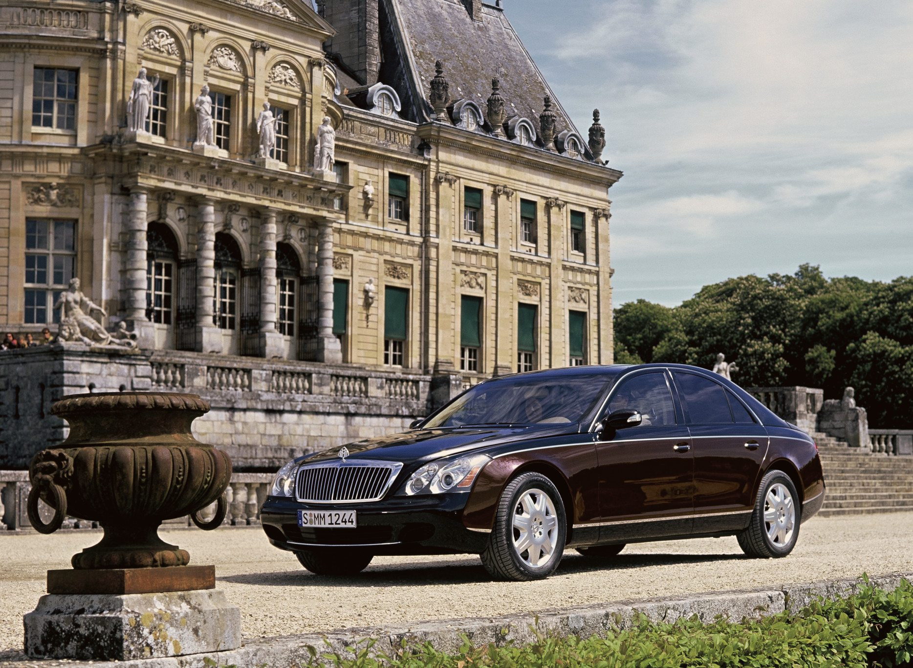2004 Maybach 62 With 133 Inch Wheelbase