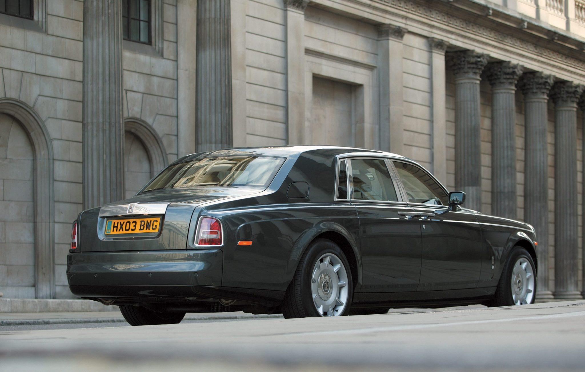 2004 Rolls-Royce Phantom Rear