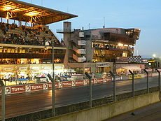 230px-LeMans_PitStop2