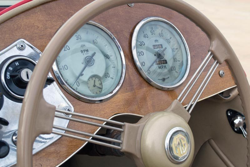 1950 MG TD Roadster Gauges and Steering Wheel