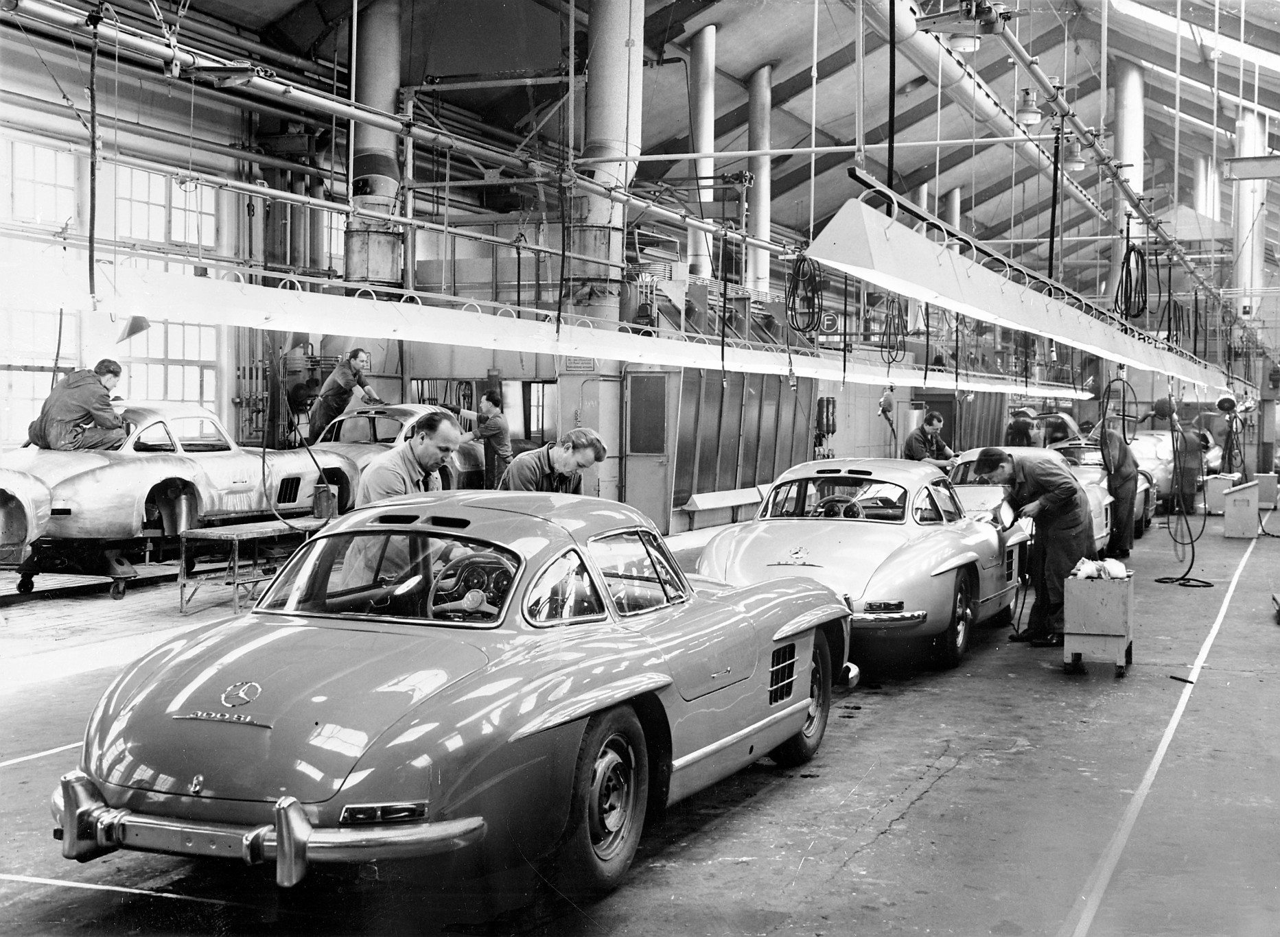 300 SL - Stuttgart Assembly Line 1954
