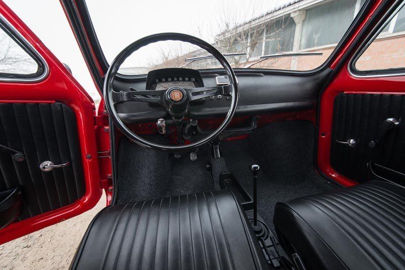 1972 Fiat 500L Interior