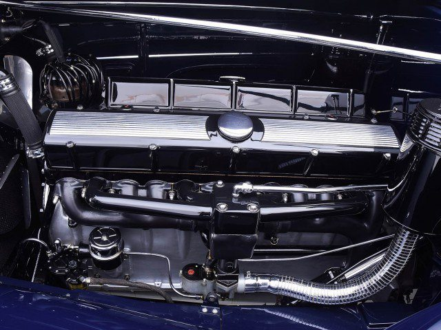 1933 Cadillac V-16 All Weather Phaeton Spotless Engine