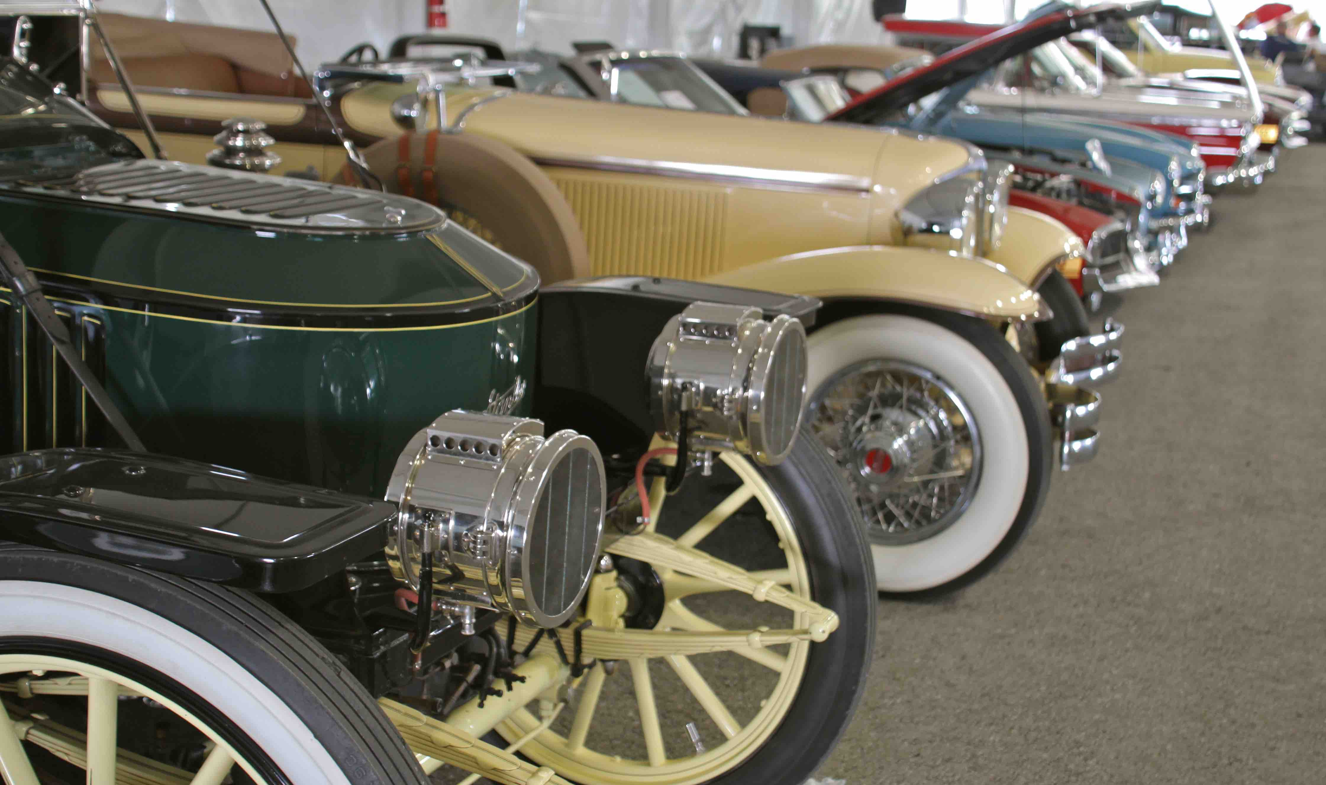 Antique and vintage cars lined-up in a 2016 auction