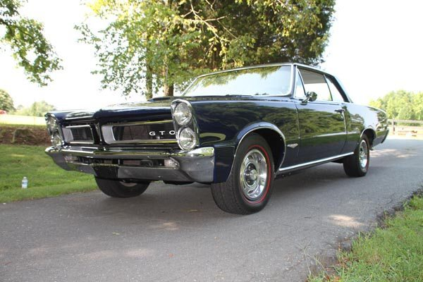 1965 Pontiac GTO Coupe Low Front View