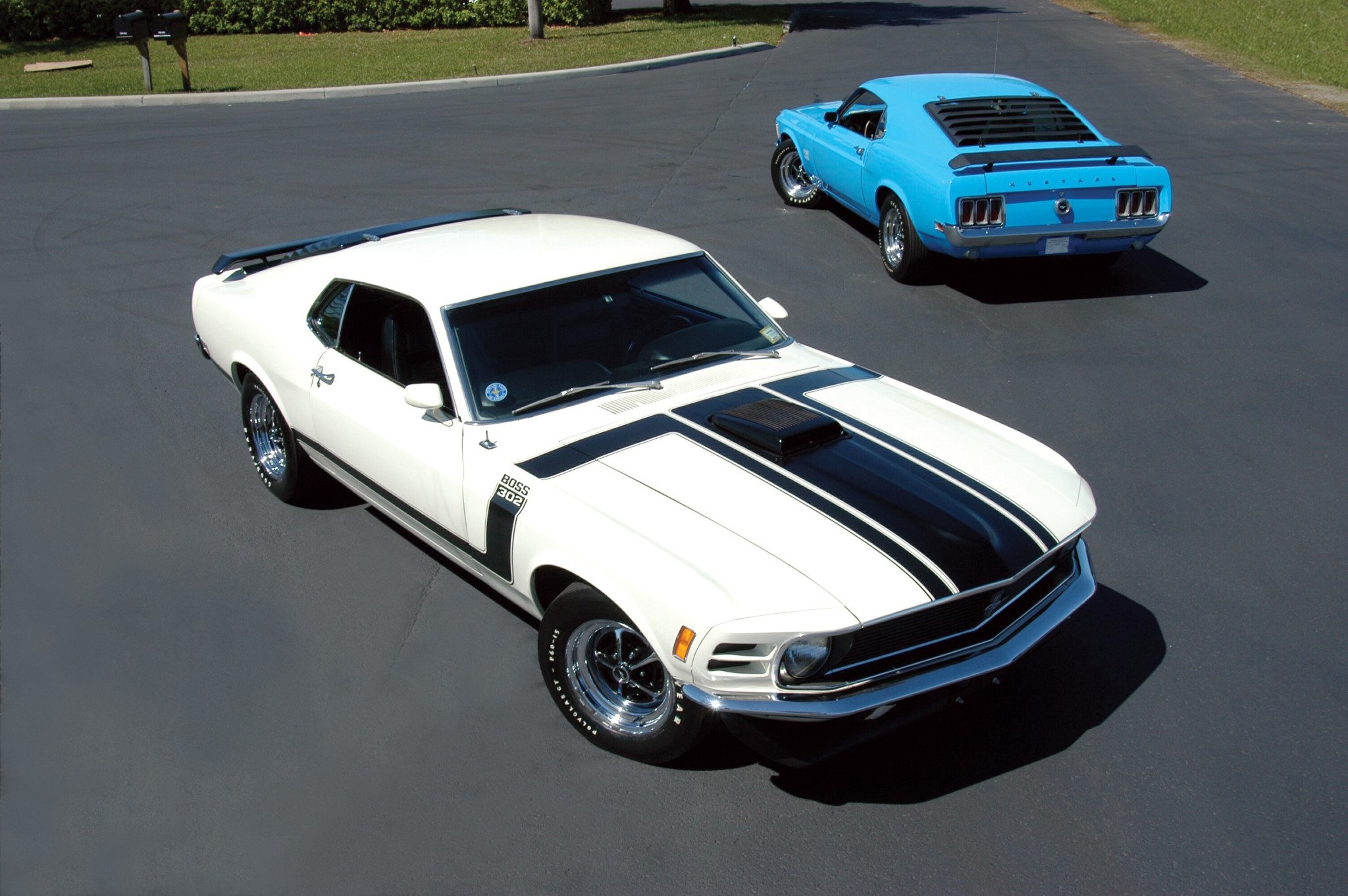 The two boss mustangs were totally different however both were created to homolagate engines for racing while the boss 302 did race in the sccas trans am