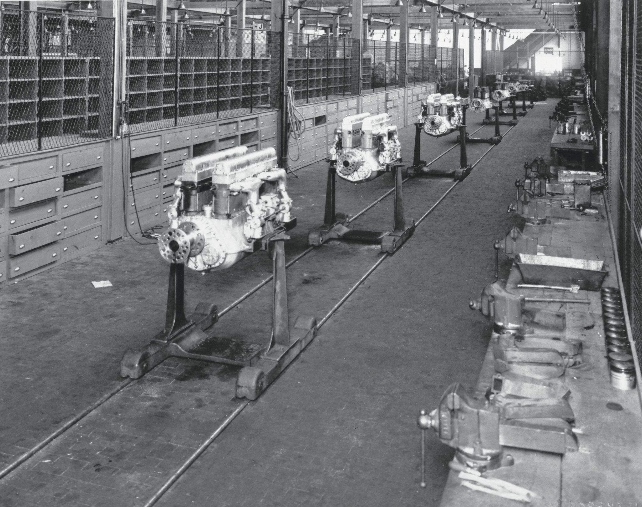 Bugatti U-16 aircraft engine production line