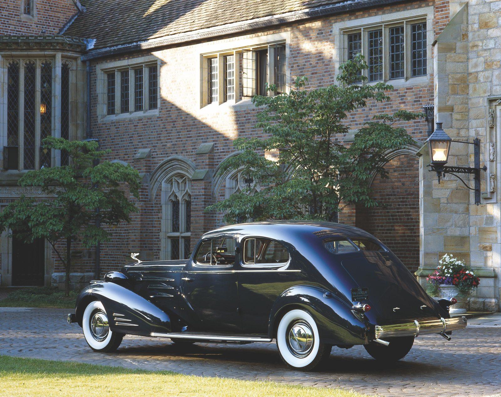 Cadillac V16 Aero-Dynamic Coupe