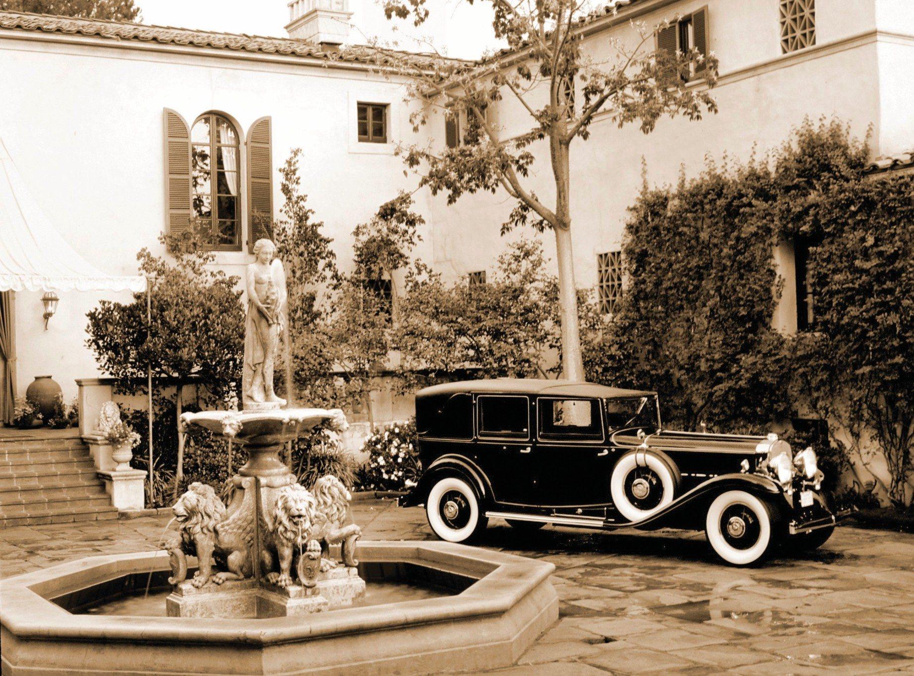 Cecil-B.-DeMille-1930-V16-Cadillac