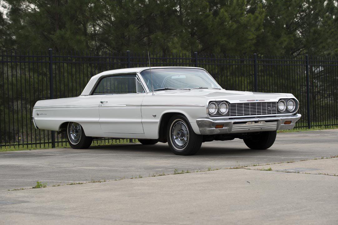 1964 Chevrolet Impala SS Hardtop Front Quarter View