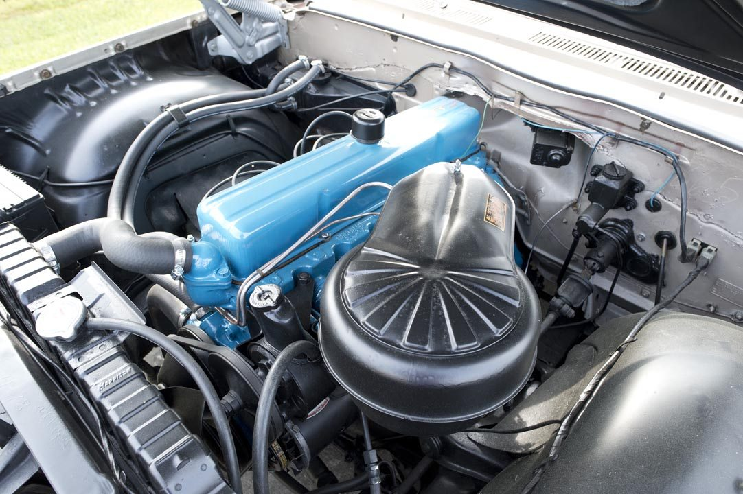 1961 Chevrolet Impala Hardtop Engine