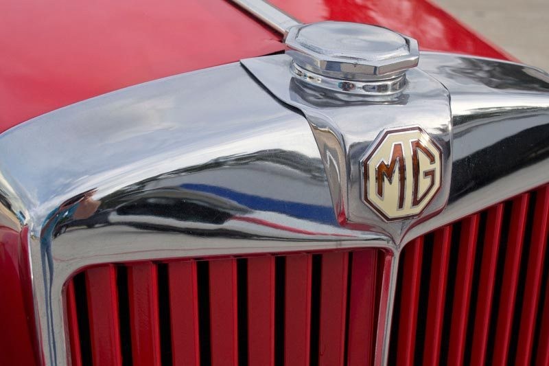 1950 MG TD Roadster Badge and Grill