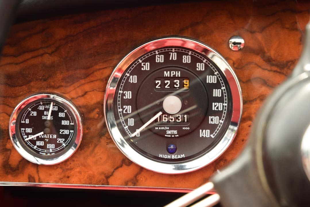 1965 Austin-Healey 3000 Mk III Roadster Gauges