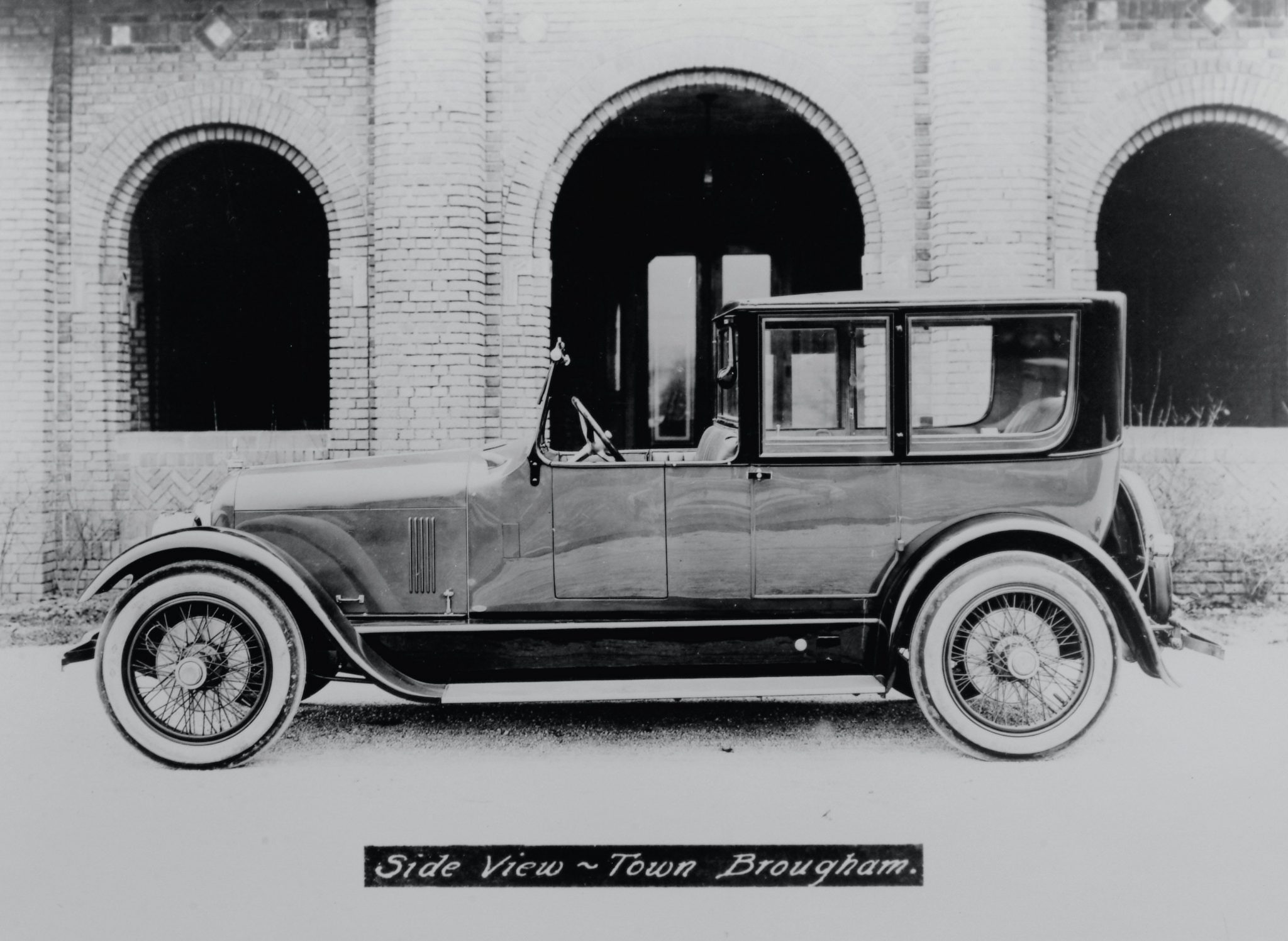 Town Car and Town Brougham models from 1921 and 1923 exhibit the truly luxurious styling the Duesenberg offered. Bodied by Fleetwood, and Millspaugh & Irish, the top-of-the-line models sold for a breathtaking $7,800 and $8,800 respectively. Only a few of the distinctive Town Cars were produced. The mixture of opera lights above the doors, and swiveling windshield lights were a unique combination. The Town Brougham, with open driver's compartment, was displayed on the Fleetwood stand at the 1921 New York salon.