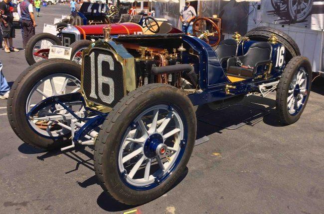 hershey-2-race-cars