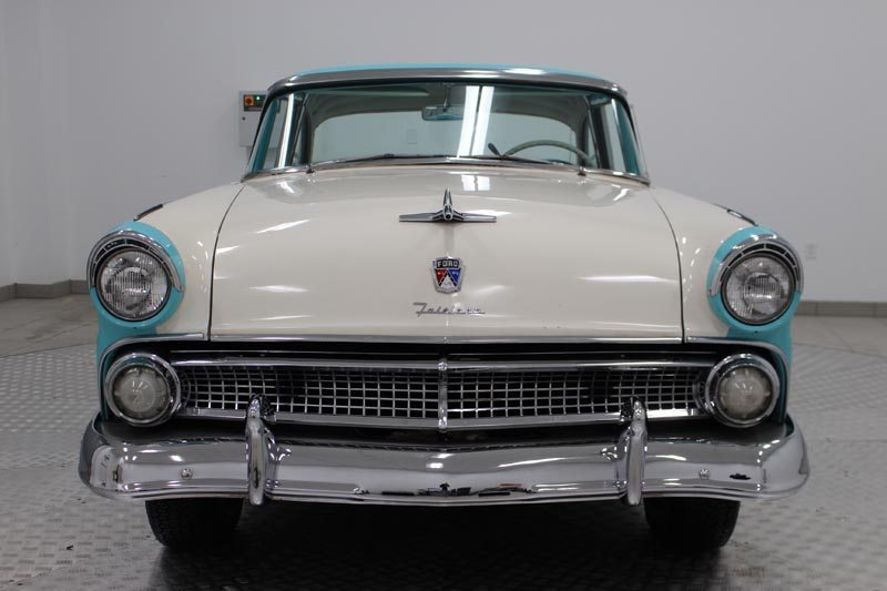 1955 Ford Fairlane Crown Victoria Front