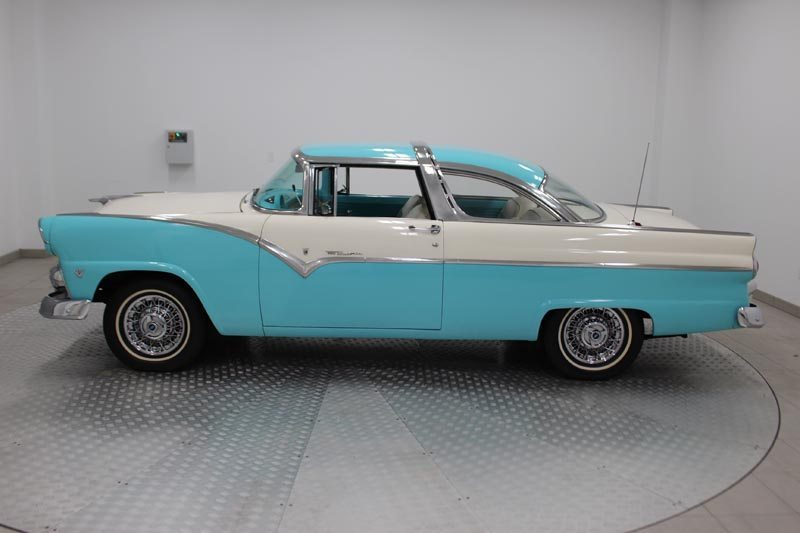 1955 Ford Fairlane Crown Victoria Side View