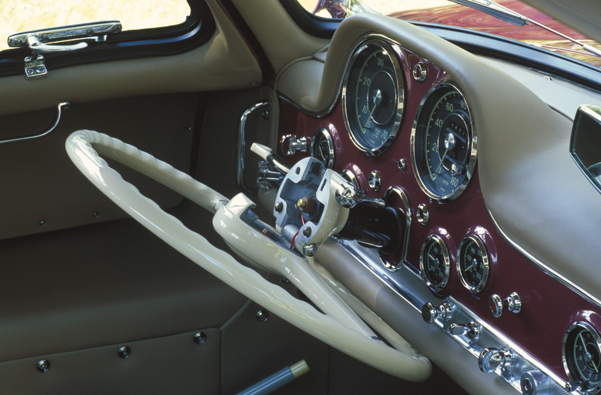 Mercedes Benz 300SL Folding Steering Wheel