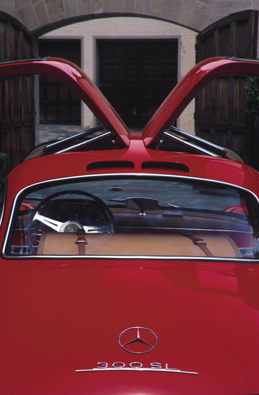 Mercedes Benz Gullwing Upswept Doors