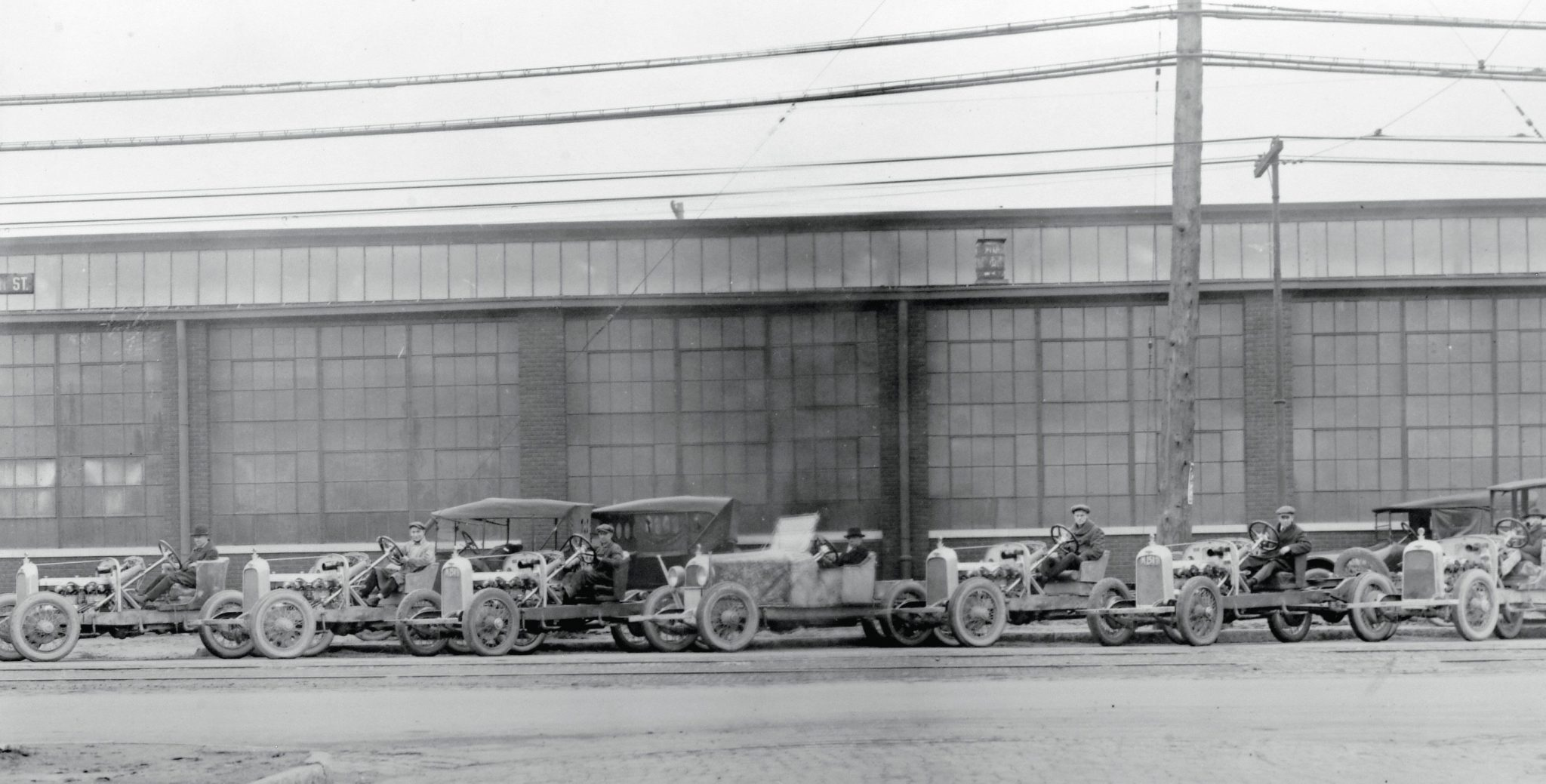 If there were any doubts that Duesenberg was building the Model A in 1921, this photo taken in front of the factory hopefully assuaged any of the stockholder's fears. Of course, it was only a front; production was well below expectations by 1922 and Fred Duesenberg was continually improving upon the cars. More than 1,000 cars should have been built by the end of 1922, but production totals were around 150.