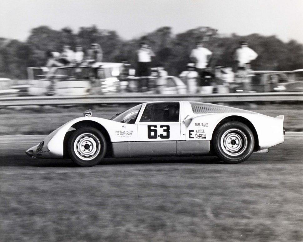 peter-gregg-in-carrera-6-daytona-1968-1280x1021-970x774