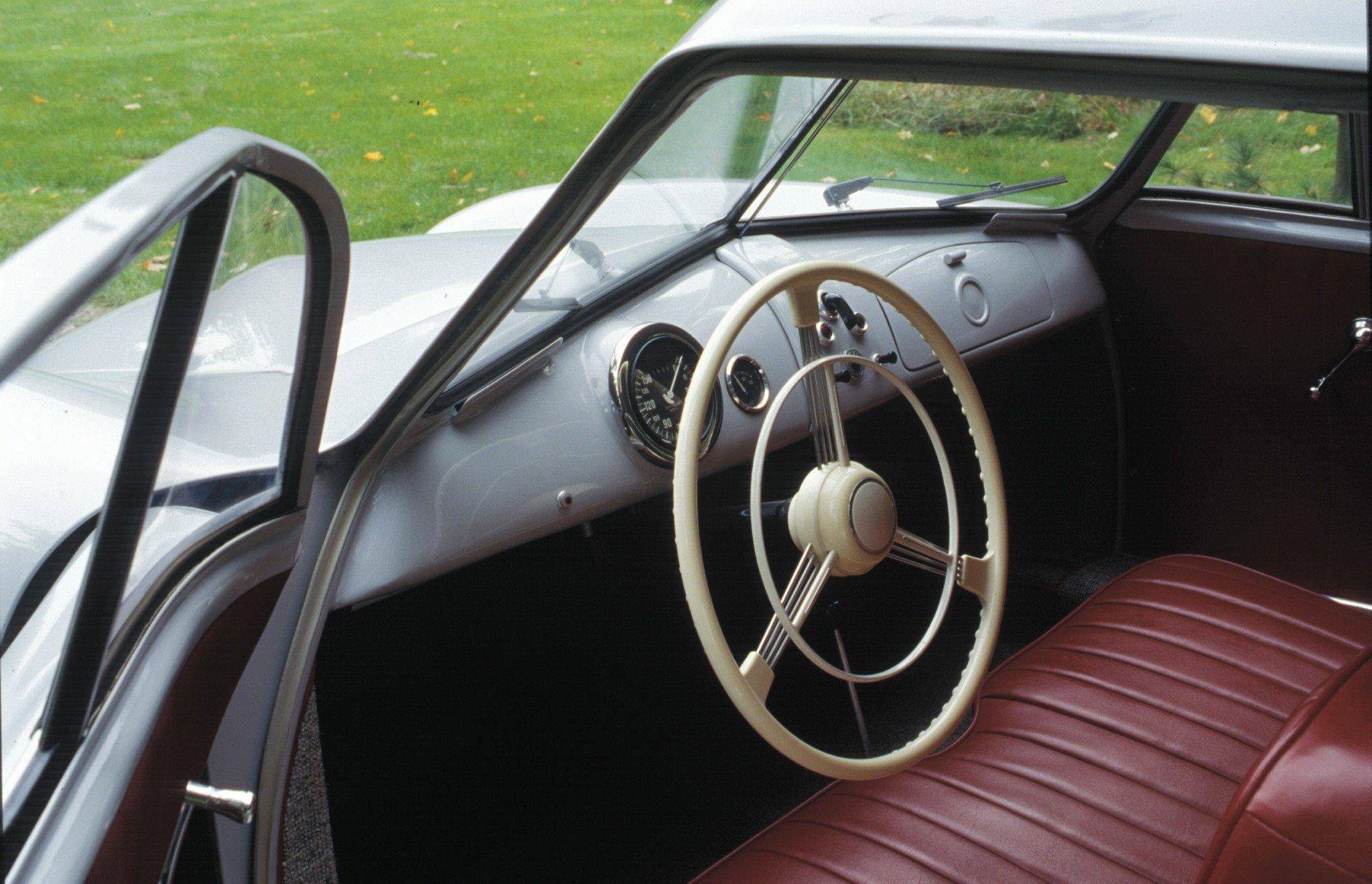 Porsche 356 interior and dash