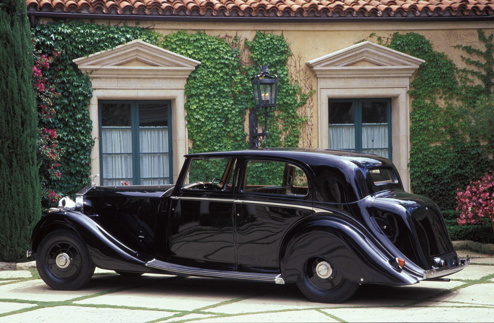 Rolls-Royce Brewster-bodied Sedanca De Ville built in 1937