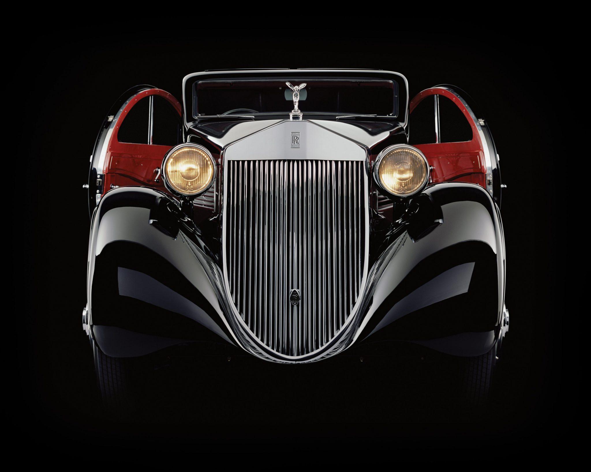 Rolls-Royce Phantom 1 Jonckheere Coupe Round Doors Open