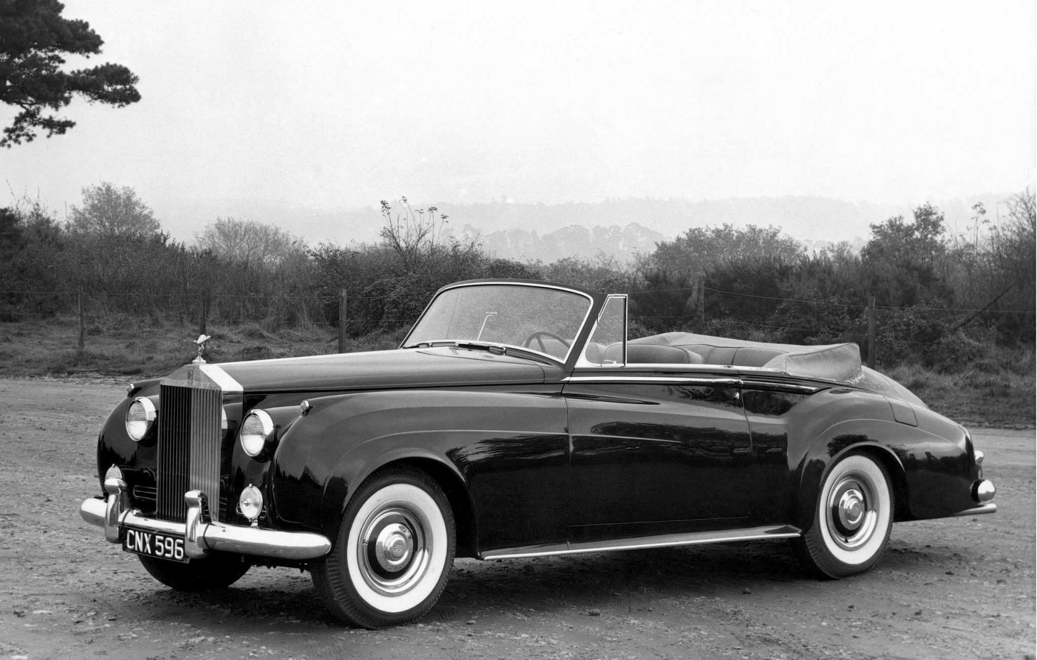 Rolls-Royce Silver Cloud Drop Head Coupe